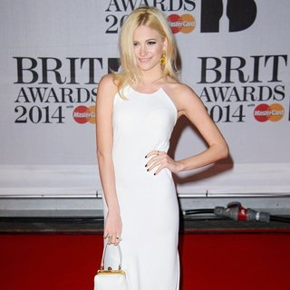 Pixie Lott in The Brit Awards 2014 - Arrivals