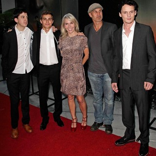 Christopher Mintz-Plasse, Dave Franco, Marti Noxon, Craig Gillespie, Anton Yelchin in Fright Night Los Angeles Screening - Red Carpet