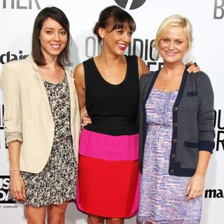 Aubrey Plaza, Rashida Jones, Amy Poehler in Our Idiot Brother - Los Angeles Premiere