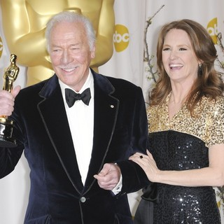 Christopher Plummer, Melissa Leo in 84th Annual Academy Awards - Press Room