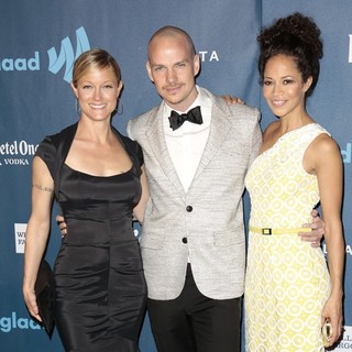 Teri Polo in 24th Annual GLAAD Media Awards - Arrivals - polo-paige-saum-24th-annual-glaad-media-awards-02
