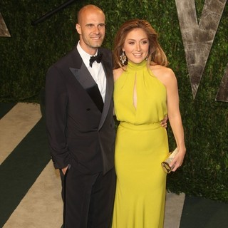 Edoardo Ponti, Sasha Alexander in 2012 Vanity Fair Oscar Party - Arrivals