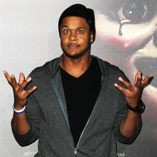 Pooch Hall in Premiere of Annabelle - Arrivals