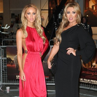 Lauren Pope, Lauren Goodger in The Twilight Saga's Breaking Dawn Part I UK Film Premiere - Arrivals