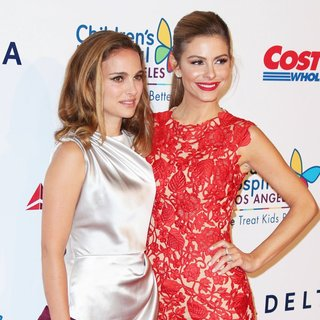Natalie Portman, Maria Menounos in 2014 Children's Hospital Los Angeles' Gala: Noche De Ninos - Arrivals