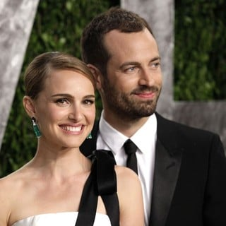 Natalie Portman, Benjamin Millepied in 2013 Vanity Fair Oscar Party - Arrivals