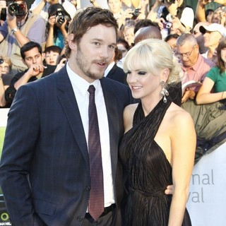 Chris Pratt, Anna Faris in 36th Annual Toronto International Film Festival - Moneyball - Premiere