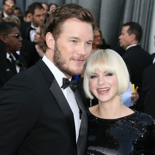 Chris Pratt, Anna Faris in 84th Annual Academy Awards - Arrivals