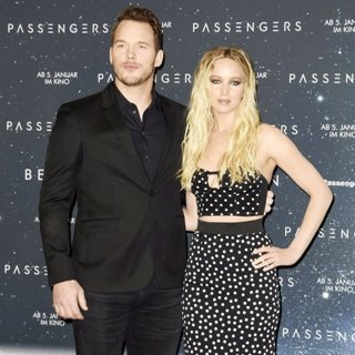 Chris Pratt, Jennifer Lawrence-Passengers Berlin Photocall