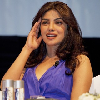 Priyanka Chopra in 2011 Dubai International Film Festival - Press Conference - priyanka-chopra-2011-dubai-international-film-festival-01