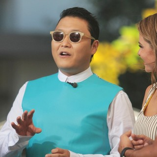 PSY in PSY to Appear on Entertainment News Show Extra
