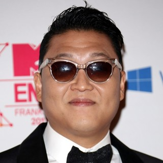 PSY in The MTV EMA's 2012 - Arrivals