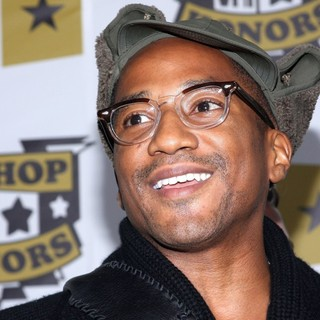 Q-Tip in 2008 VH1 Hip Hop Honors - Arrivals