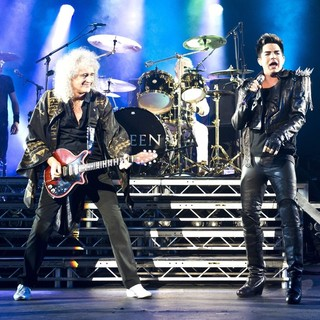 Brian May, Roger Taylor, Queen, Adam Lambert in Queen and Adam Lambert Performing Live