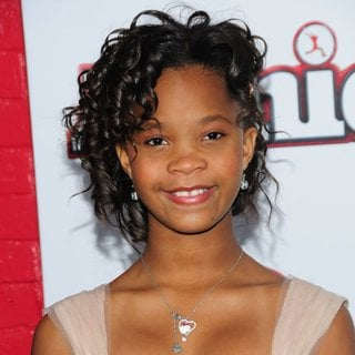 Quvenzhane Wallis in New York Premiere of Annie - Arrivals