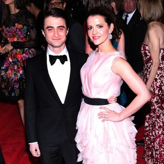 Daniel Radcliffe, Rose Hemingway in Schiaparelli and Prada Impossible Conversations Costume Institute Gala