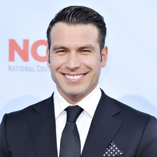 Rafael Amaya in 2012 NCLR ALMA Awards - Arrivals