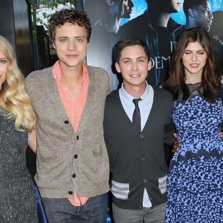 Logan Lerman in Percy Jackson: Sea of Monsters Premiere - rambin-smith-lerman-daddario-jackson-premiere-percy-jackson-sea-of-monsters-01