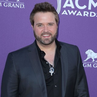 Randy Houser in 2012 ACM Awards - Arrivals