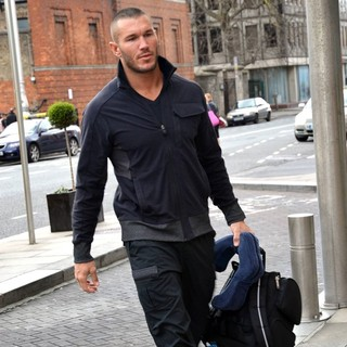 Randy Orton in WWE Wrestlers Outside of Their Hotel - randy-orton-outside-of-hotel-02