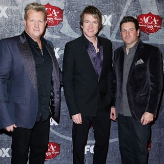Rascal Flatts in 2012 American Country Awards - Arrivals - rascal-flatts-2012-american-country-awards-02