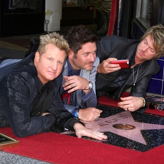 Rascal Flatts Honored with Star on The Hollywood Walk of Fame - rascal-flatts-walk-of-fame-02