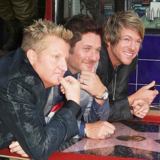 Rascal Flatts Honored with Star on The Hollywood Walk of Fame - rascal-flatts-walk-of-fame-05