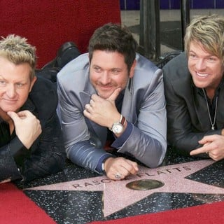 Rascal Flatts Honored with Star on The Hollywood Walk of Fame - rascal-flatts-walk-of-fame-06