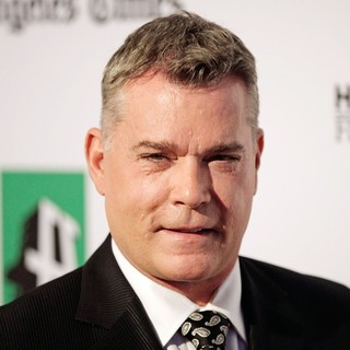 Ray Liotta in 16th Annual Hollywood Film Awards Gala - ray-liotta-16th-annual-hollywood-film-awards-gala-03