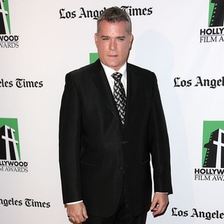 Ray Liotta in 16th Annual Hollywood Film Awards Gala - ray-liotta-16th-annual-hollywood-film-awards-gala-06