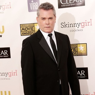 Ray Liotta in 18th Annual Critics' Choice Movie Awards - ray-liotta-18th-annual-critics-choice-movie-awards-03