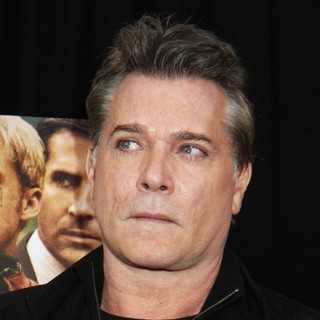 Ray Liotta in New York Premiere of The Place Beyond the Pines - ray-liotta-premiere-the-place-beyond-the-pines-01