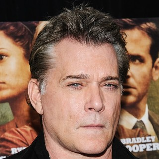 Ray Liotta in New York Premiere of The Place Beyond the Pines - ray-liotta-premiere-the-place-beyond-the-pines-03