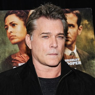 Ray Liotta in New York Premiere of The Place Beyond the Pines - ray-liotta-premiere-the-place-beyond-the-pines-04