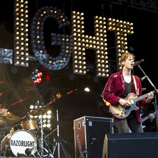 David 'Skully' Sullivan Kaplan, Johnny Borrell, Razorlight in Razorlight Performing at Get Loaded in The Park