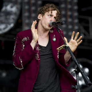 Johnny Borrell, Razorlight in Razorlight Performing at Get Loaded in The Park