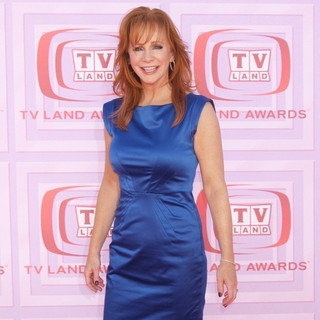 Reba McEntire in 2009 TV Land Awards - Arrivals