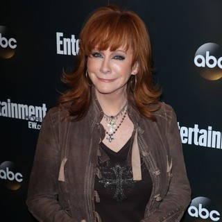 Reba McEntire in Entertainment Weekly and ABC TV Celebrate The New York Upfronts with A VIP Cocktail Party - Arrivals
