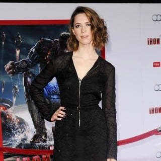 Rebecca Hall in Iron Man 3 Los Angeles Premiere - Arrivals - rebecca-hall-premiere-iron-man-3-04