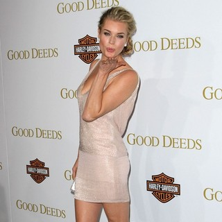 Rebecca Romijn in Lionsgate's Good Deeds Premiere