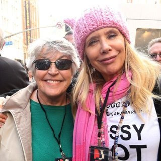 Helen Reddy, Rosanna Arquette-Women's March