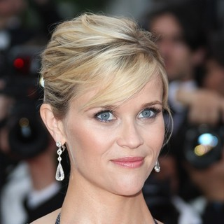 Reese Witherspoon in Mud Premiere - During The 65th Annual Cannes Film Festival