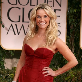 Reese Witherspoon in The 69th Annual Golden Globe Awards - Arrivals