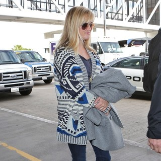 Reese Witherspoon Departs Los Angeles from LAX