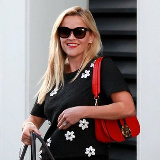 Reese Witherspoon Leaves An Office Building