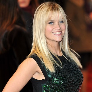 Reese Witherspoon in UK Premiere of This Means War - Arrivals