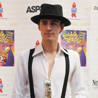 Reeve Carney in Broadway Barks The 13th Annual Dog and Cat Adopt-a-thon