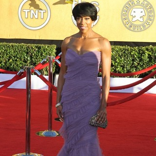 Regina King in The 18th Annual Screen Actors Guild Awards - Arrivals