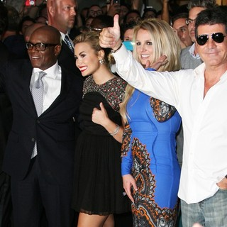 Britney Spears in The X Factor Season Two Premiere Screening and Handprint Ceremony - reid-lovato-spears-cowell-the-x-factor-season-two-premiere-02
