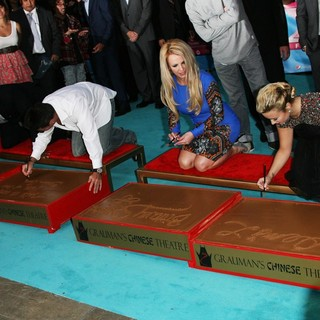 Britney Spears in The X Factor Season Two Premiere Screening and Handprint Ceremony - reid-lovato-spears-cowell-the-x-factor-season-two-premiere-04